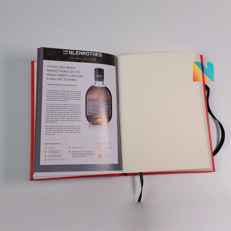 Sổ bìa cứng dán gáy whisky